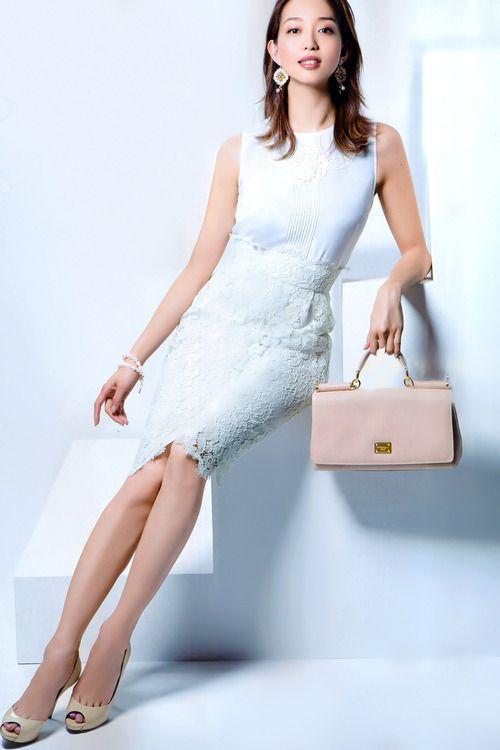 松島花のドレス画像