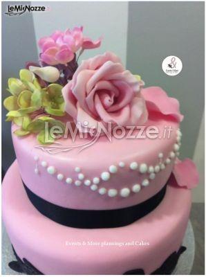 Cake Design Roma Via Tuscolana : Pi? di 25 fantastiche idee su Torte Con Fiori su Pinterest ...