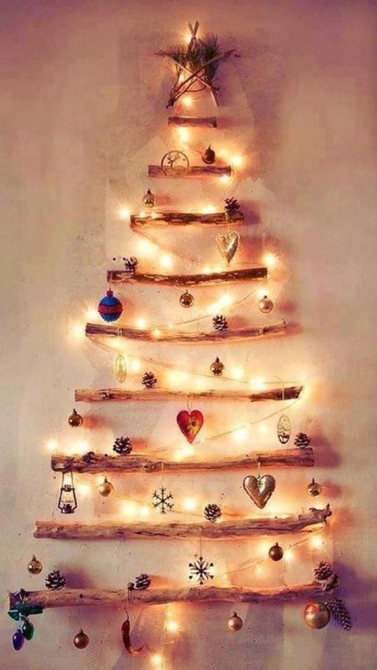 Driftwood Christmas Tree Shelf - all lit up!