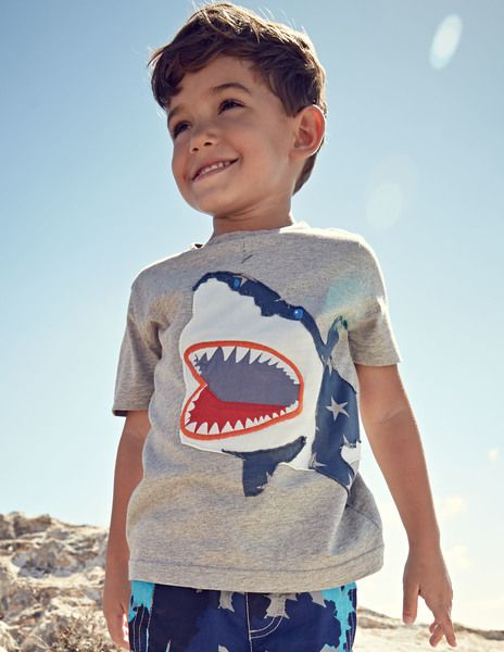 Big appliqu t shirt mini boden 39 s really wild for Mini boden england