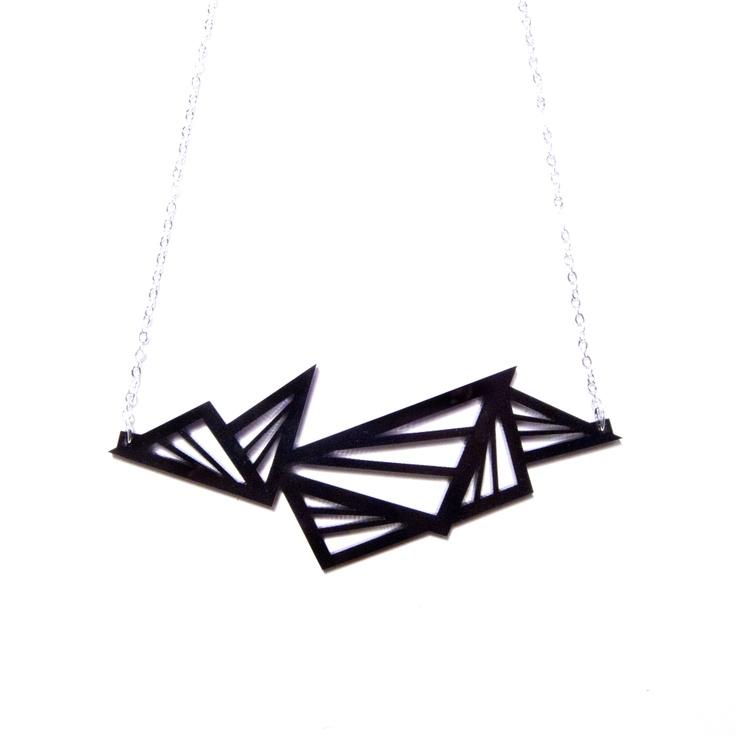 Geometric Multi-Triangle Necklace / Plastique