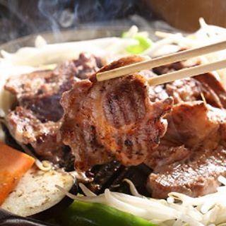 ・ こんにちは! モンゴリアンチョップの#GWは ゴールデンウィークならぬ、 ジンギスカンウィークです! ・ ぜひぜひ! #モンゴリアンチョップ #名古屋 #今池 #焼肉 #肉 #ジンギスカン #サムギョプサル #ラム肉 #ラムチョップ #居酒屋 #焼肉屋 #食 #ホットペッパー #高評価 #hotpepper #食べ放題 #飲み放題 #instagood #instafood #food #ラブGofun #hotpeppers #beer #like4like #l4l #yummy #晩ごはん