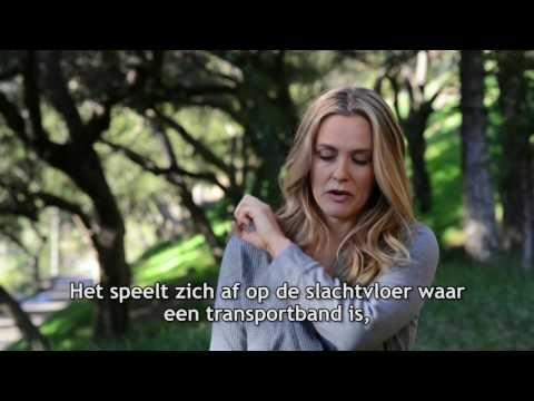 Alicia Silverstone gaat liever naakt dan dat ze wol draagt | PETA Nederland