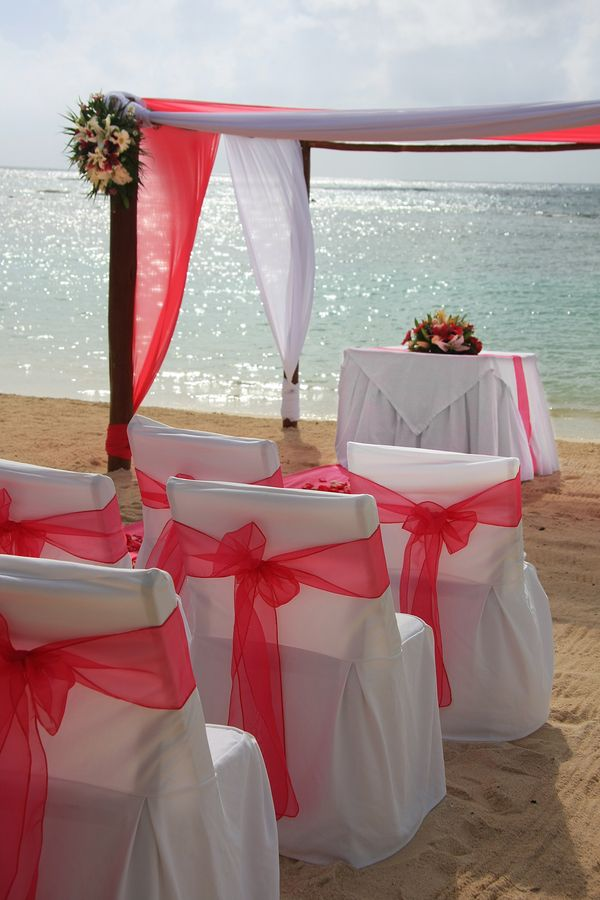 bigstock-Tropical-beach-wedding--15285095