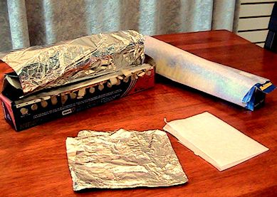 Sharpen paper punches- Fold a few layers of tinfoil and punch a couple times, then repeat with wax paperPaper Pets, Paper Punch, Paper Must Remember, Wax Paper Must, How To, Sharpening Paper