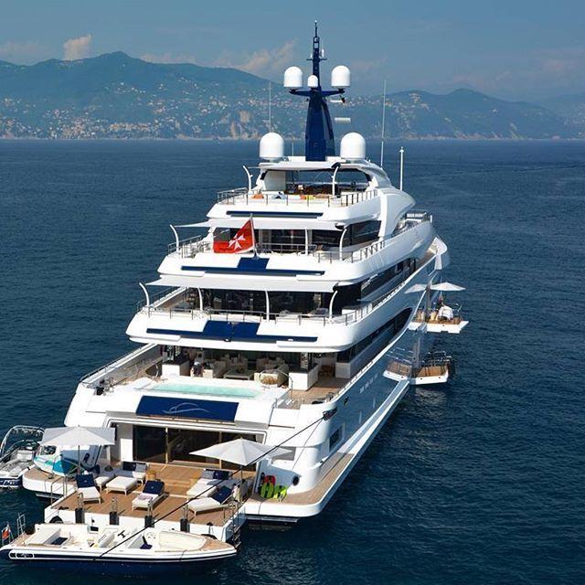 best 25  luxury yachts ideas on pinterest