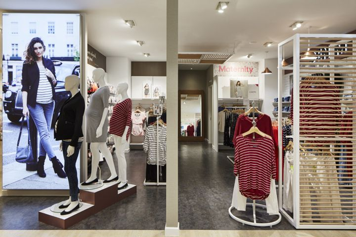 Mothercare maternity zone by Global Display UK