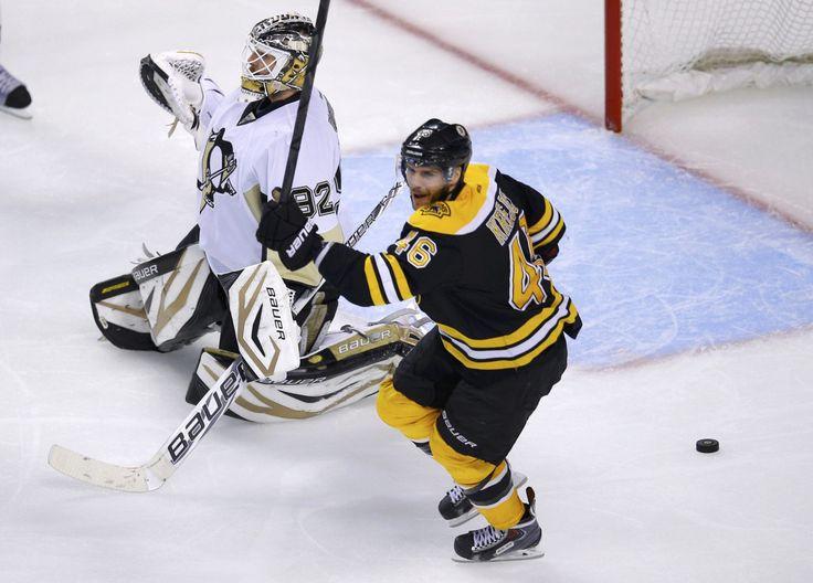NHL playoffs 2013: Boston Bruins sweep Pittsburgh Penguins