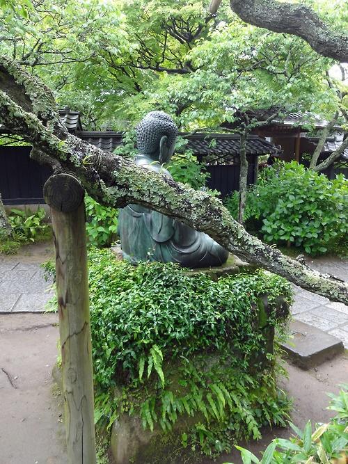 [Country] Tokei-ji temple in Kamakura 江戸時代まで駆け込み寺、縁切り寺といわれ、尼寺だった東慶寺の金仏。