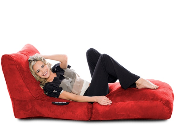 The Sumo Switch beanbag folds in to a chair or lounger! Perfect for gaming, watching tv or snoozing on a lazy Sunday afternoon! Check our giant beanbags at www.sumolounge.com. All orders come with free shipping! $299