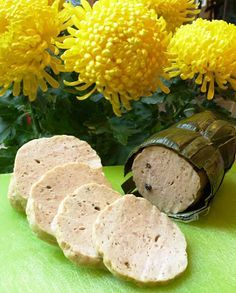 Chả Lụa (Vietnamese Ham aka Vietnamese Pork Roll)