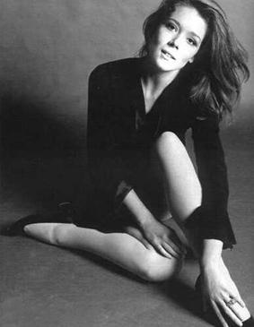 Diana Rigg Sorry, modern Tv stars. You'll never reach Emma Peel's level of classy.
