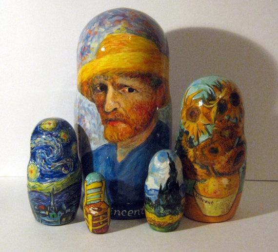 Van Gogh Nesting Dolls, a cute way to show classic artwork without it taking up an entire wall.matroschka matroska matriochka - matroesjka- matryoshka Russische Schachtelpuppe- Matrjoschka und Babushka www.matrioskas.es