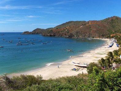 Playa Manzanillo, espectacular playa, paradisiaca, ideal para una boda intima http://www.bodasmargarita.net