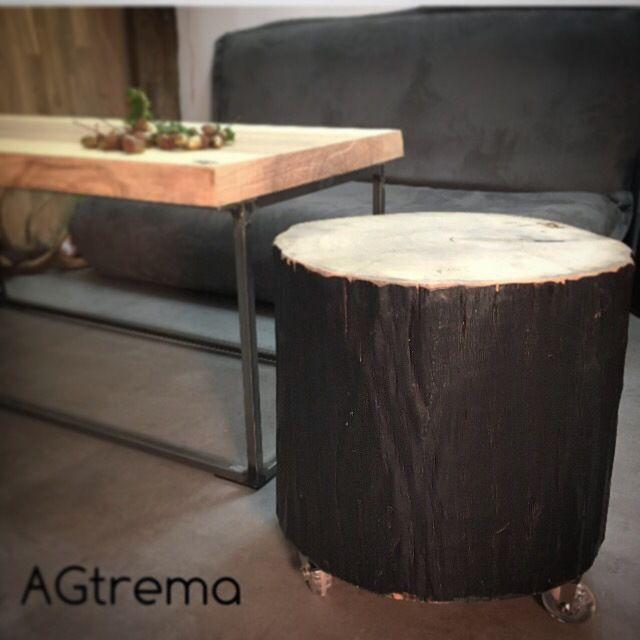 Tabouret en rondin calciné (bois brûlé en surface) et vernis, sur roulettes design  #agtrema #artisan#madeinfrance  #love #madeinalsace #menuiserie #boisbrule #decoration #deco #design #architecture #interiordesign