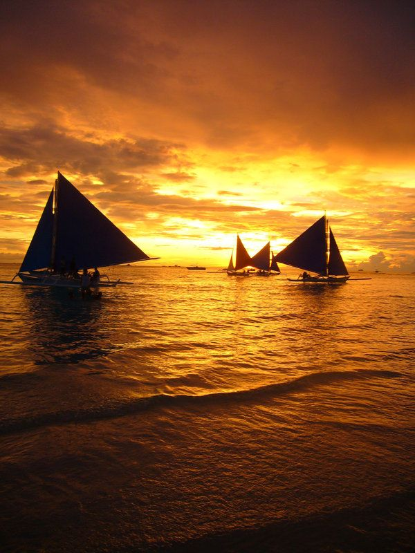 boracay_sunset_by_maloiski.jpg (600×800)