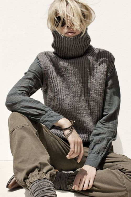 Army/utility-inspired pants and a very dominant turtleneck.