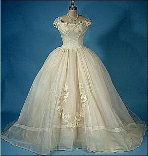 1956 PRISCILLA of BOSTON Wedding Gown of Massive Ivory Organdy with Original Slip and Headpiece!