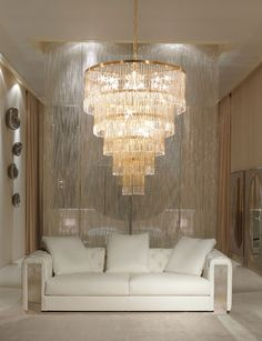 Find the best and most luxurious chandelier inspiration for your next interior design project here. For more visit luxxu.net