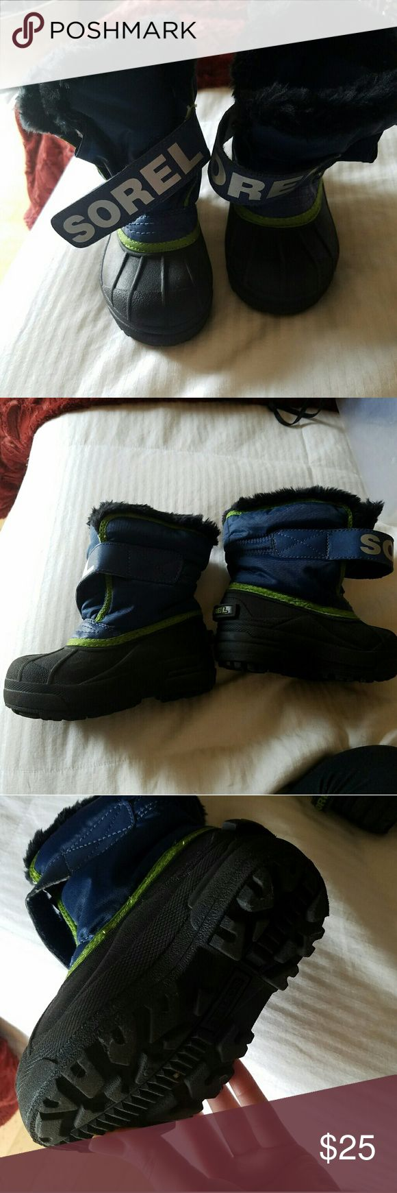 Childrens Sorel snow boots Used 3 times sorel snow boots Size childrens 9 Shoes Rain & Snow Boots