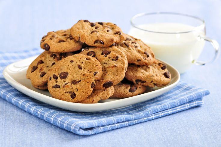 Har du helt vildt meget lyst til småkager, men orker ikke en megasvær opskrift, der tager lang tid? Så er denne opskrift på nemme småkager perfekt til dig!