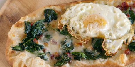 Smoked Scamorza, Spinach and Pancetta Pizza