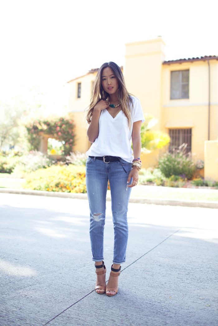 Perfect Look ... White Tshirt, Jeans And Chunky Necklace