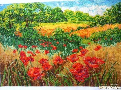 Картина вышитая бисером Маковое поле