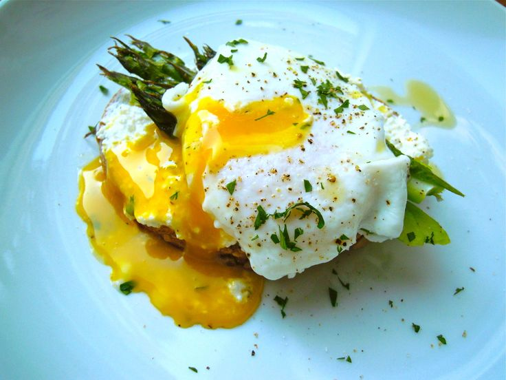 Poached Egg with Roasted Asparagus, Ricotta, and Sprouted Whole Grain ...