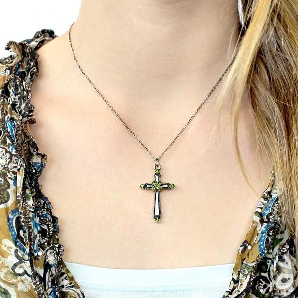 Olivene faith hope necklace. Let this cross be a unique reminder of your strong hope and faith. The clean, simple design of the cross pendant make for a versati