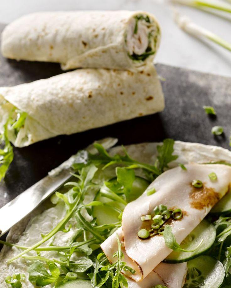 Wraps gevuld met kip - Lunchtopper met kipfilet, komkommer en roomkaas #15gram