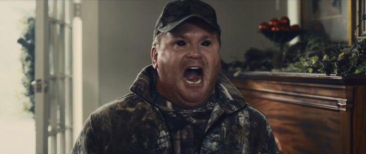 """Дольф Лундгрен охотится на демона в кадрах и трейлере фильма """"Не убивай это"""""""