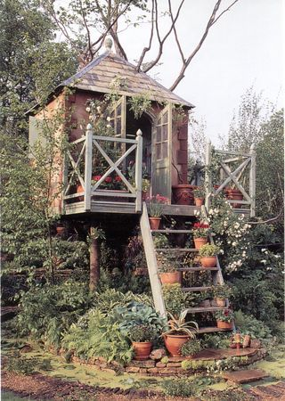 Oh yea... this is freakin rockin baby! A garden treehouse. One of three ultimate features for your garden this summer