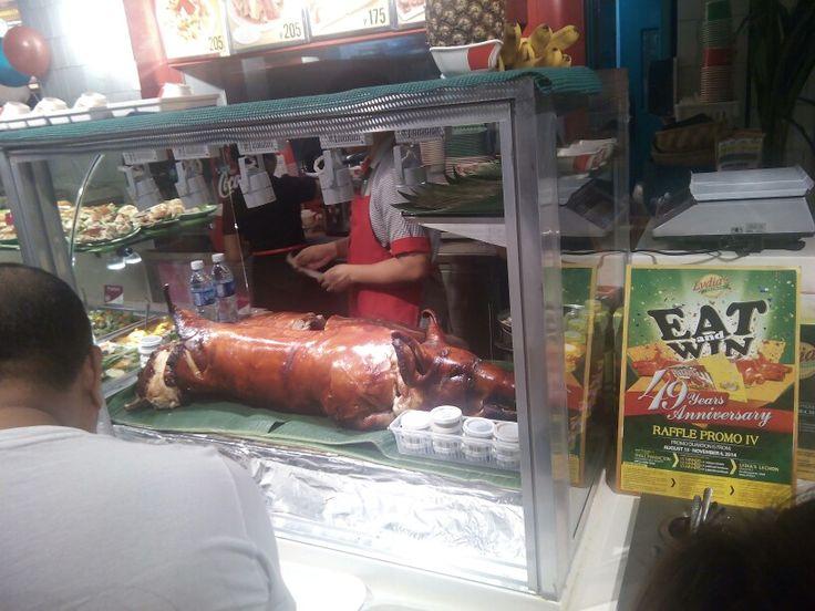 Whole roasted pork by recipetrekker.com