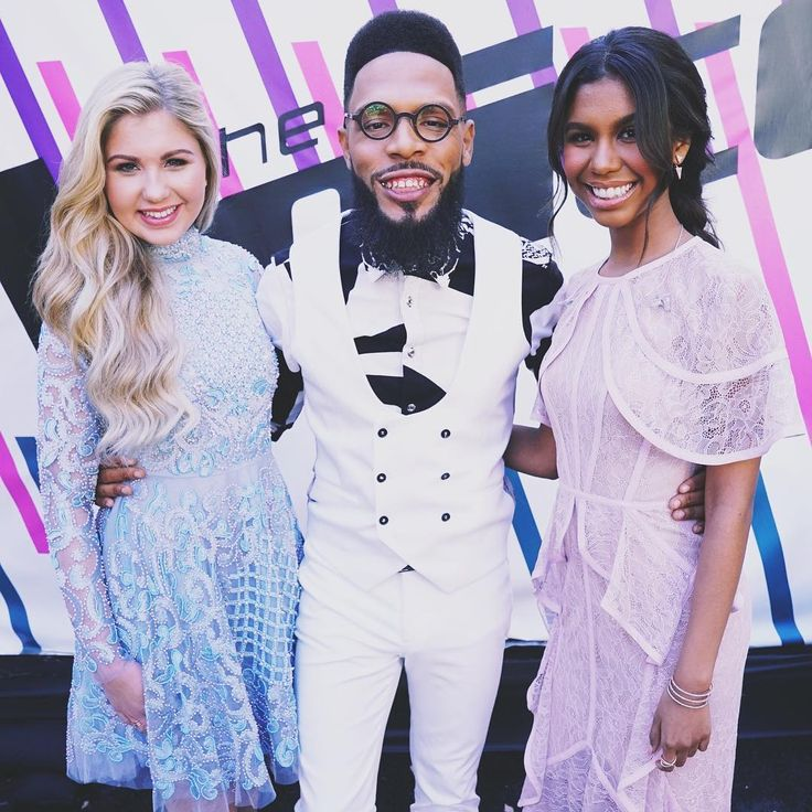 'The Voice' Top 10 recap: Chris Blue stuns Blake Shelton predicts TSoul and Brennley Brown will make Top 8 The Voice's Top 10 artists took the stage for home viewer votes on Monday night's Season 12 performance show on NBC. #TheVoice #Voice
