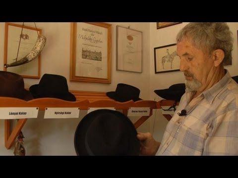 Mihalkó Gyula - kalapos - YouTube