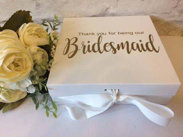 Best 25+ Wedding keepsake boxes ideas on Pinterest   Wedding ...