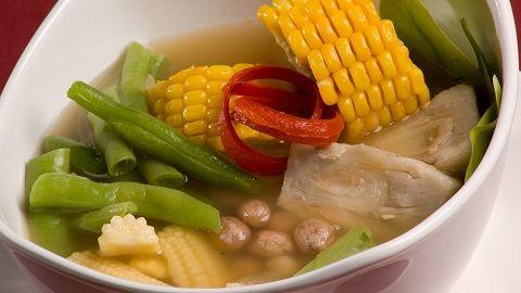 Yuk masak sendiri sayur asem segar di rumah.