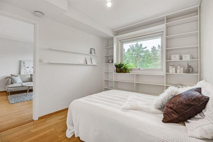 FINN – Fyllingsdalen - Pen 2-roms leilighet med arealeffektiv planløsning, stor terrasse og gode kvaliteter. Nytt bad i 2015.