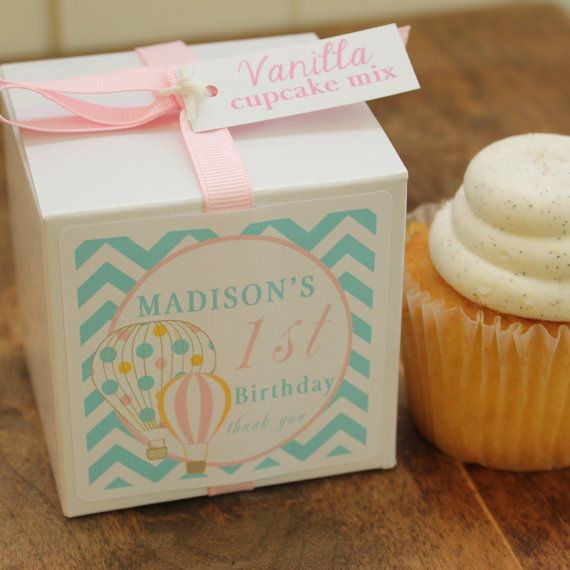 12  Hot Air Balloon Party Favors  Cupcake by VintageBakeshopEtsy, $42.00