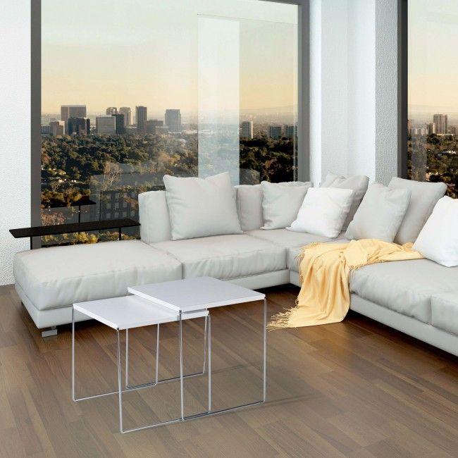 Tavolino ideale per la zona giorno della casa, ideale soprattutto in salotto nella zona fronte divano come sempre utile piano d'appoggio.