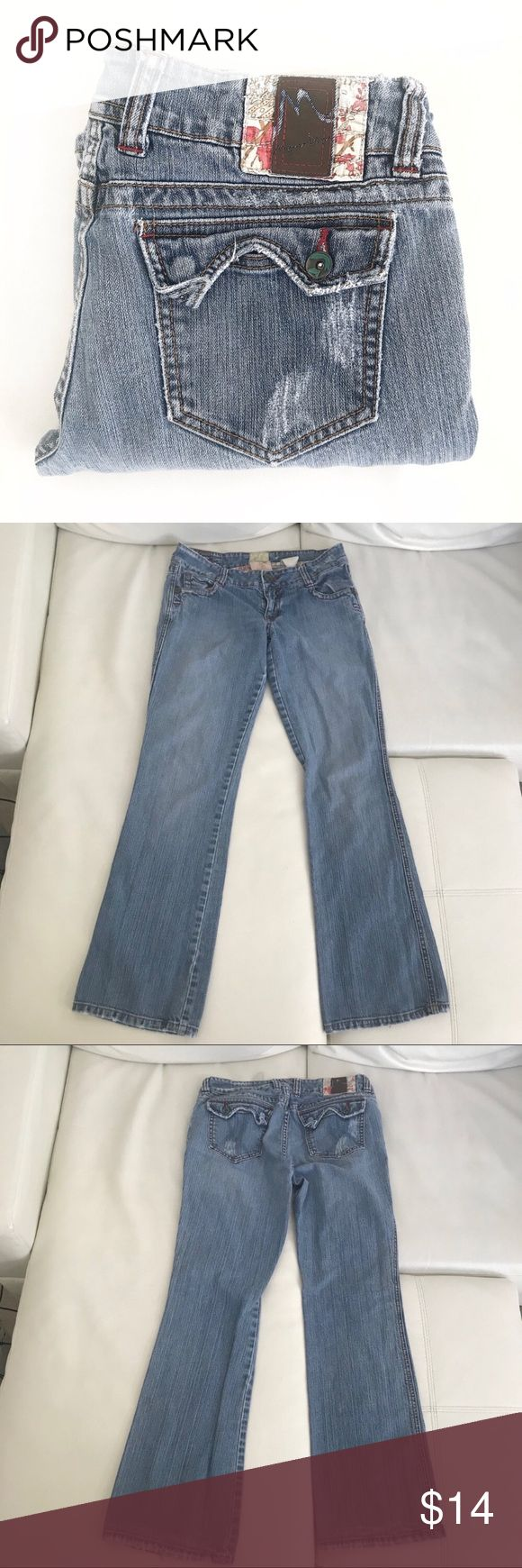 """Marlow vintage original wide leg flare jeans sz 29 98% cotton, 2% spandex made in Hong Kong  Waist 29"""" Rise 8"""" Inseam 32""""   Not what you're looking for? Feel free to browse my closet for other occasions: Winter, spring, summer, fall, birthday, New Year's Eve, Valentine's Day date, Graduation, Prom, Purim, St. Patrick's Day, Easter, Earth Day, Cinco de Mayo, Mother's Day, EDC, Coachella, Memorial Day, Comic Con, 4th of July, Labor Day, Thanksgiving, Halloween, Christmas Marlow Jeans Flare…"""