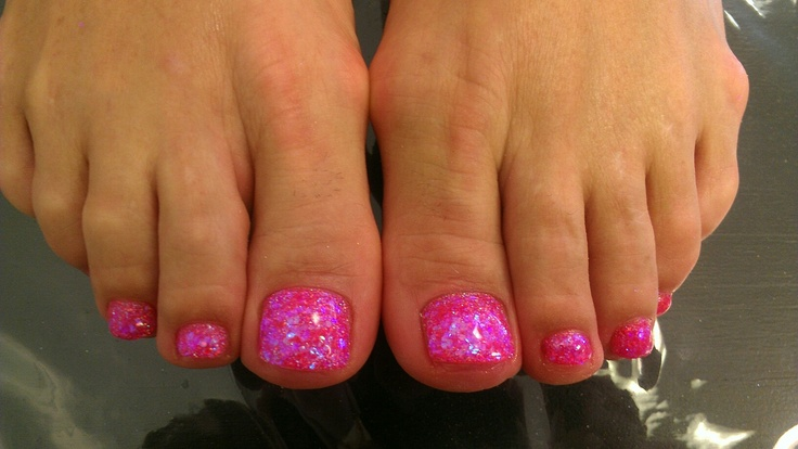 My glitter gel toes! :) done by Rachelle at Audacity Salon on Beach/Kernan. Everyone should go see her! She amazing! ~AES