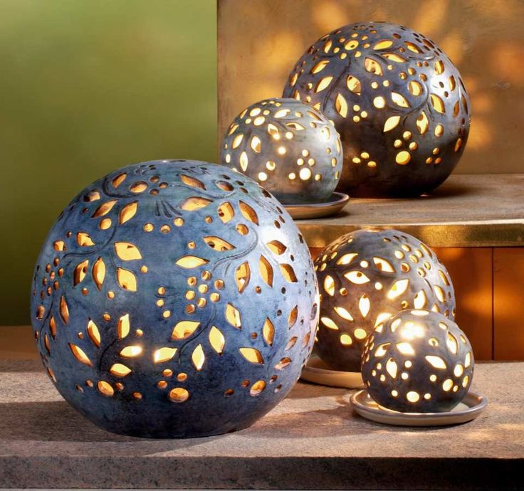 Lichtkugeln, granit - Stimmungsvolle Lichtkugeln als eindrucksvolle Dekoration. Sie eignen sich auch für draußen und bereichern z.B. Ihren Garten oder Ihre Terrasse um ein imposantes Lichterspiel.