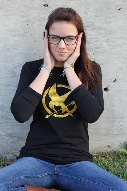 Very Cool DIY from Sweet Verena: Diy Hunger Games Shirts, Hunger Games Clothing Fandom, Games Tshirt, Games T Shirts, Crafts Tutorials, Diy Shirts, T Shirts Tutorials, Hunger Games Cool, Screens Tutorials