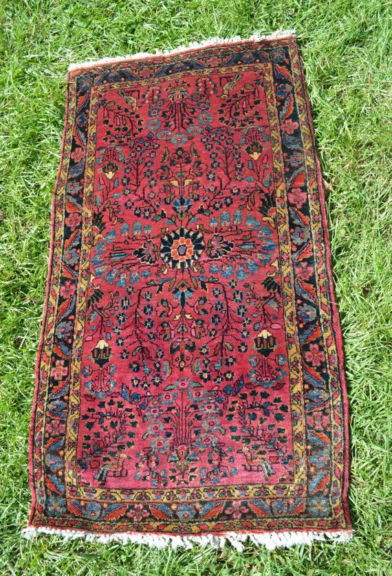 Antique Persian Rug Small Sarouk W Floral Pattern
