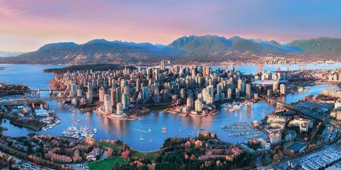 Heeft Amsterdam last van een vastgoedimplosie? Hmm, zou kunnen. Maar kijk liever naar Vancouver. De Canadese stad aan de Grote Oceaan is een spooksta...
