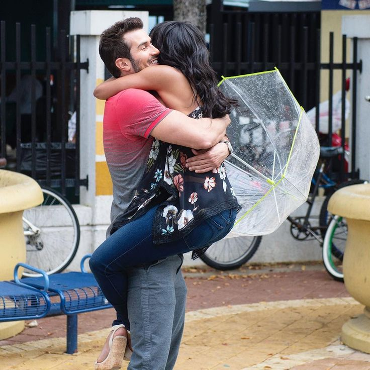 'The Bachelorette' finale: Rachel Lindsay accepts marriage proposal from Bryan Abasolo after brutal breakup with Peter Kraus The Bachelorette star Rachel Lindsay selected Bryan Abasolo at the end of her journey to find love and he in turn proposed marriage during Monday night's three-hour Season 13 finale broadcast on ABC. #TheBachelorette #Bachelorette