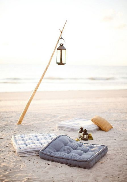 """beach party by the style files, via Flickr Great moments at the seaside with """"The style flies"""""""