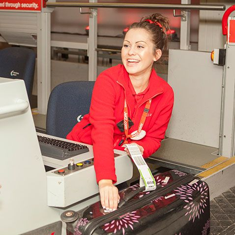 Jet2.com and Jet2holidays have today launched a brand new service for its customers flying from Manchester Airport, Twilight Check-in.